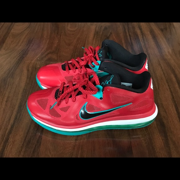 brand new 62ec4 d7d7b Nike Lebron 9 IX Air Max Low Liverpool Size 9.5
